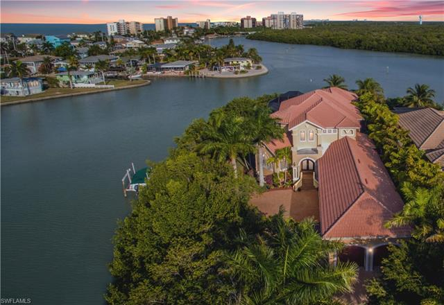 Carolands, Bonita Springs, Florida Real Estate