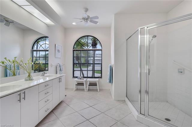 219048304 Property Photo