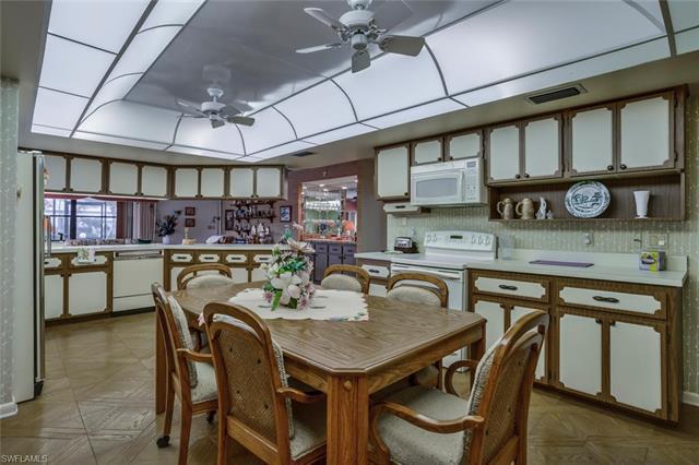 219079925 Property Photo