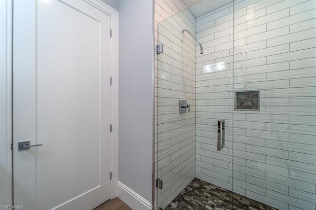219084921 Property Photo