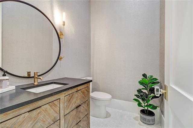 220033015 Property Photo