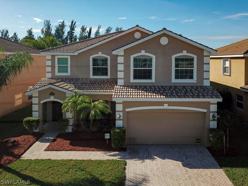 Heatherwood Lakes, Fort Myers, Florida Real Estate