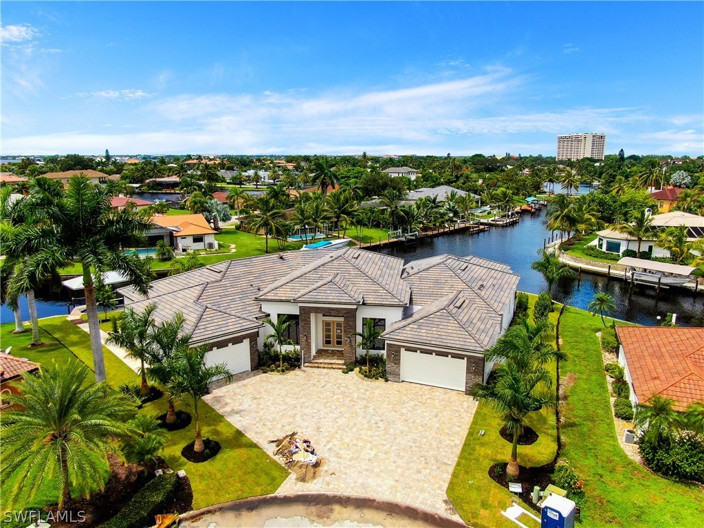 TOWN & RIVER NEIGHBORHOOD FORT MYERS REAL ESTATE