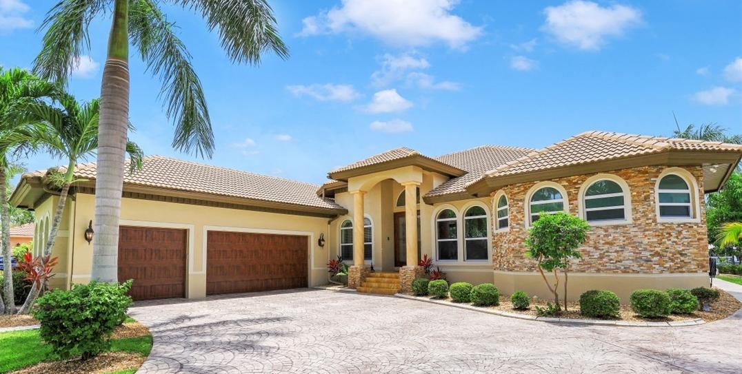 MLS# 220033685 Property Photo