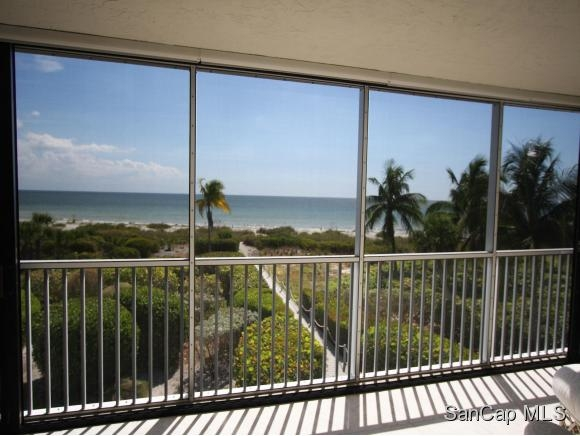 West Shore, Sanibel, Florida Real Estate