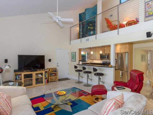 Donax Village, Sanibel, Florida Real Estate
