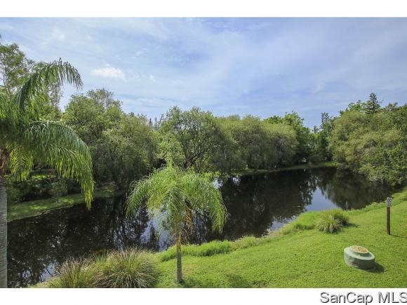 Beach Road Villas, Sanibel, Florida Real Estate