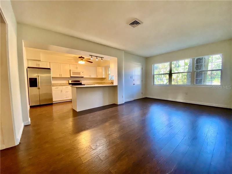 A4441257 Property Photo