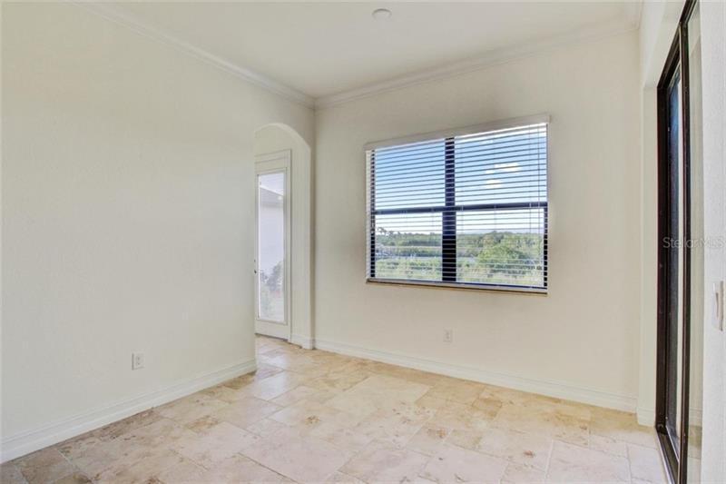 A4443382 Property Photo