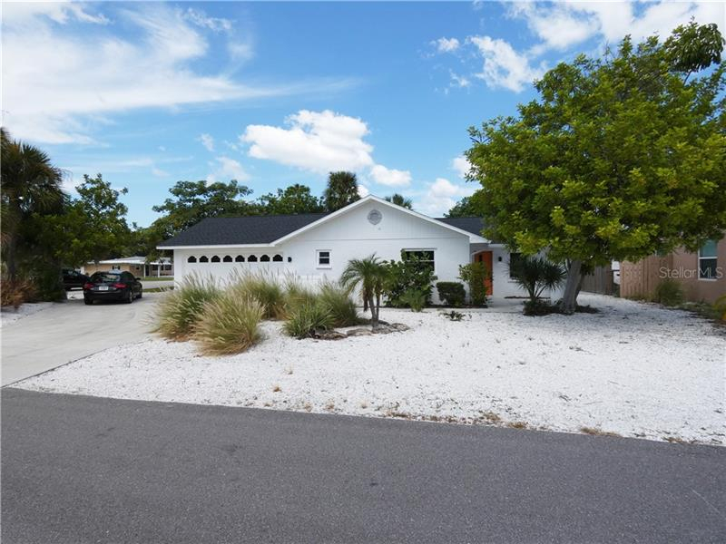 A4447563 Property Photo