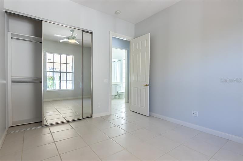 A4448443 Property Photo
