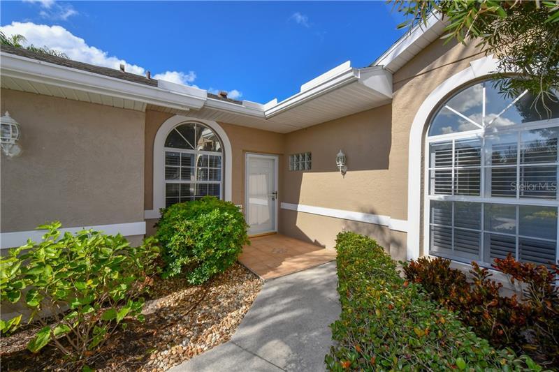 A4449093 Property Photo