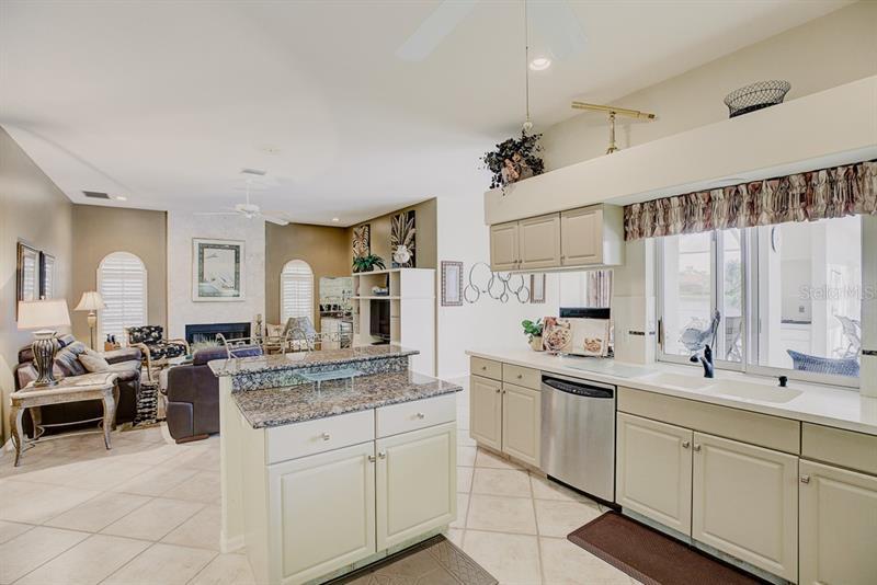 A4450553 Property Photo