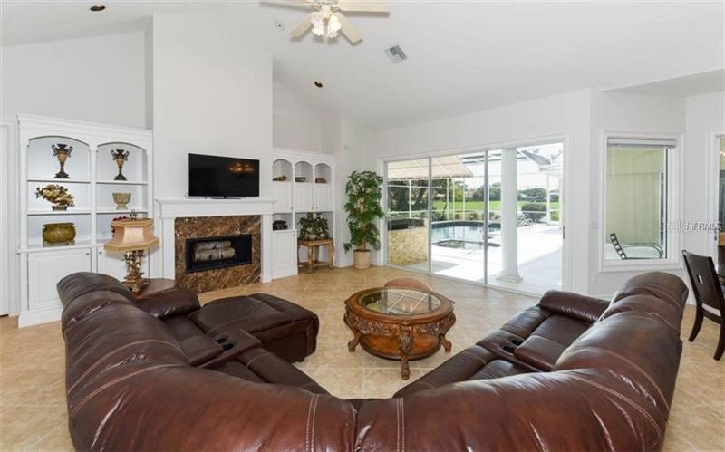 A4452379 Property Photo