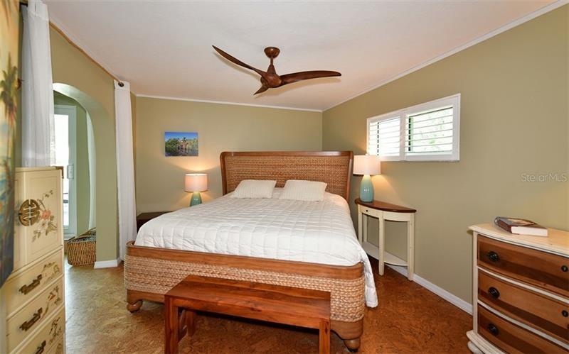 A4454692 Property Photo