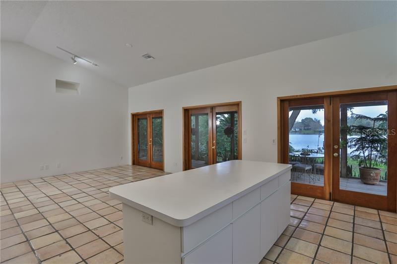 A4455017 Property Photo