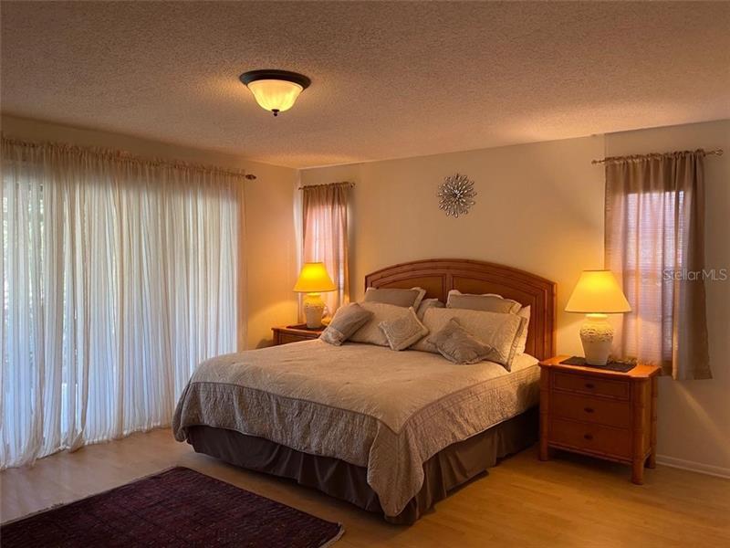 A4455213 Property Photo