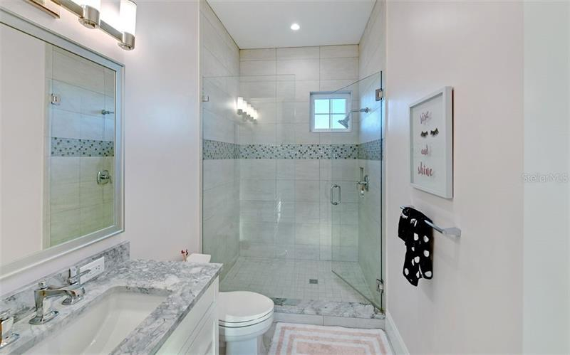 A4455446 Property Photo