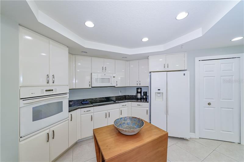 A4456917 Property Photo
