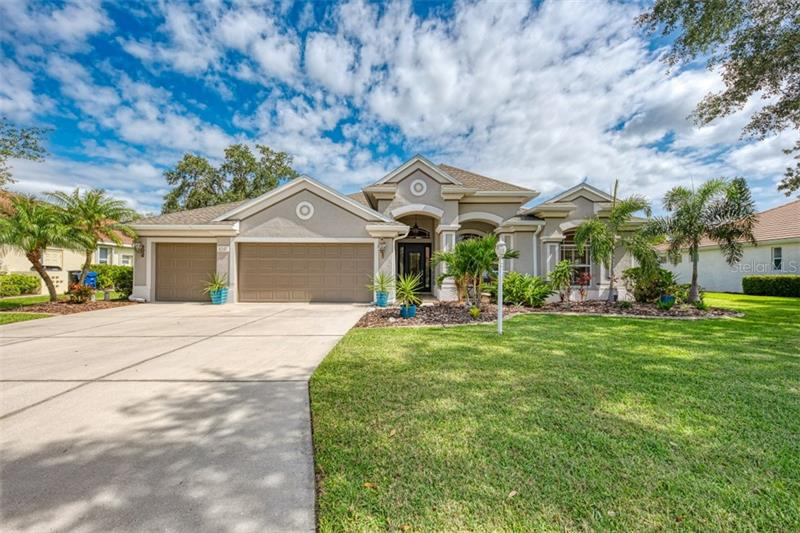 Secluded Oaks, Sarasota, FL