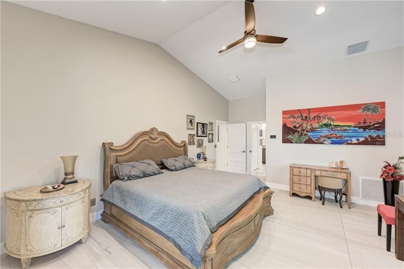 N6108440 Property Photo