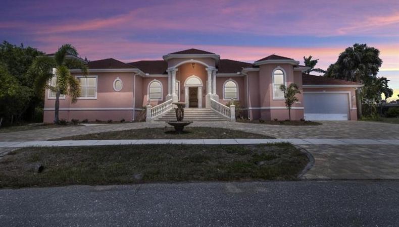 MLS# T3305553 Property Photo