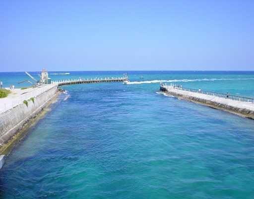 Waters Edge La Costa